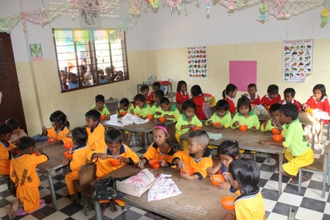 school house children in Cambodia