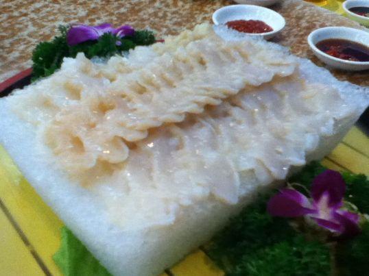 Geoduck sashimi style