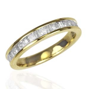 Finest Diamond (0.75 Ct) 9K Yellow Gold Ring Size O 0.750 Ct.