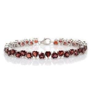 "Super cute heart shaped garnets, will definitely say ""I love you"""