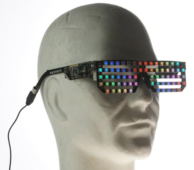 led-glasses