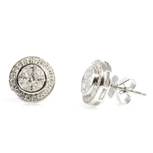 Diamond earring with the WOW factor!
