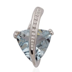 Go for a total ice queen look with aquamarine jewellery