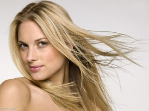 Give your hair a break from platinum and go for warm caramel