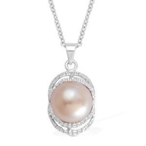 Pearls are a great gift for Mothering Sunday