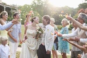 Make the most of the weddings you attend this year
