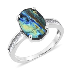 Labradorite ring for winter stones