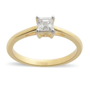 ILIANA 0.50 Carat Diamond Solitaire Ring in 18K Gold