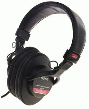 Sony MDRV6 headphones on Amazon