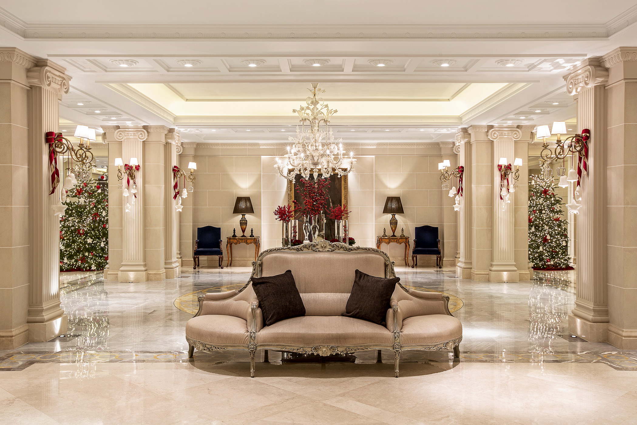 Lobby Decoration Ideas Christmas New Year 39s Eve Grande Bretagne King George