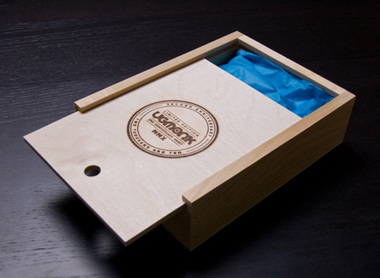 Amazingly creative t shirt packaging t shirt factory