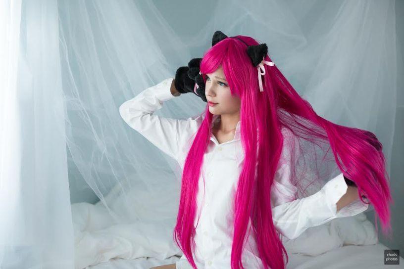 pink L
