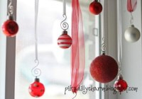 Easy Christmas Decorations | U-Pack