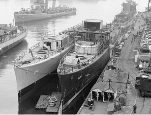 US Gleaves-class destroyer construction at Boston Navy Yard, 1942