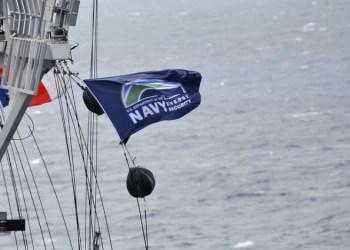 navyflag-596x425