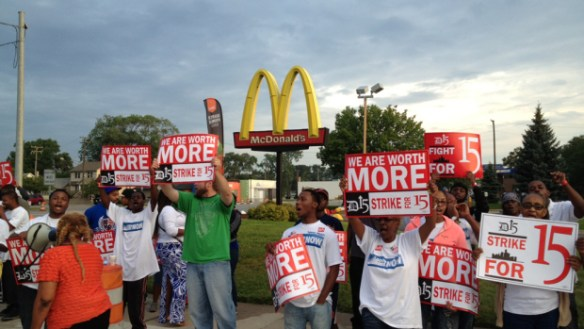 fast-food-worker-protest1
