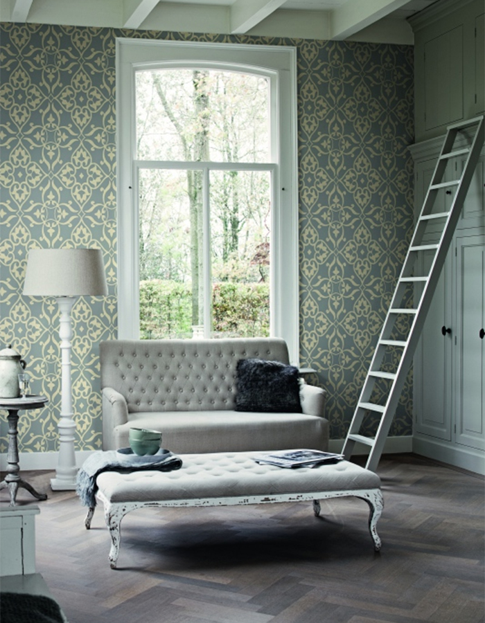 E legant Silver Living Room Wallpaper, R1559