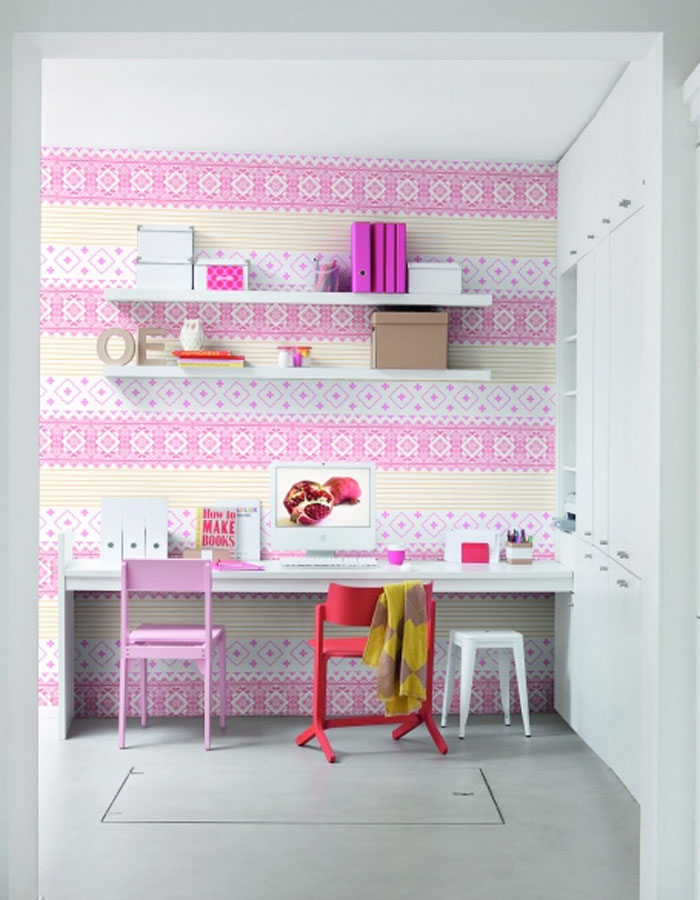 Homey Pink Striped Office Wallpaper R1031