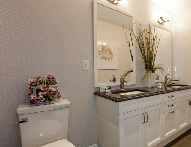 Little Girl's Ensuite - Manhattan Model with Walls Republic Wallpaper Sparkling Metallic R1037