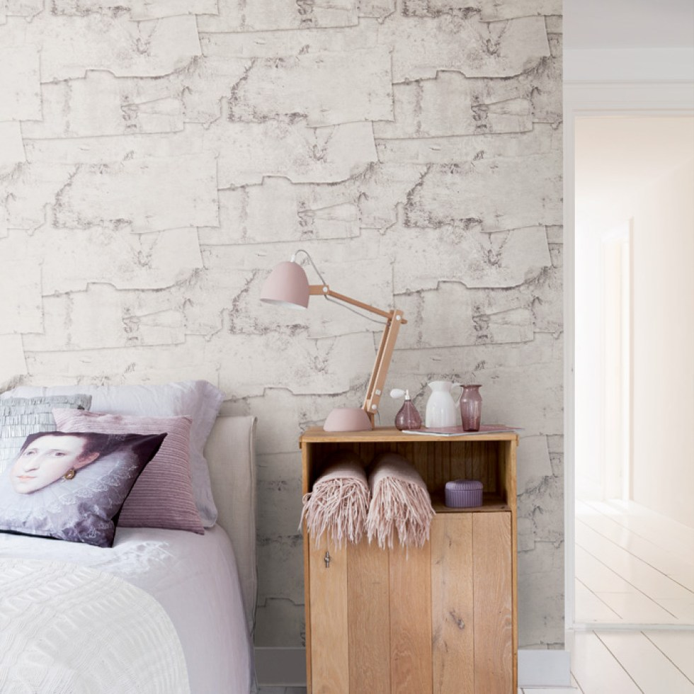 Faux Wood Birch Bark Wallpaper in a Bedroom R2580