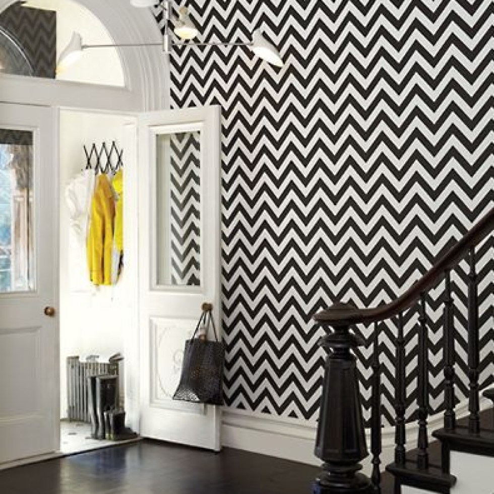 Dynamic chevron wallpaper in black and white