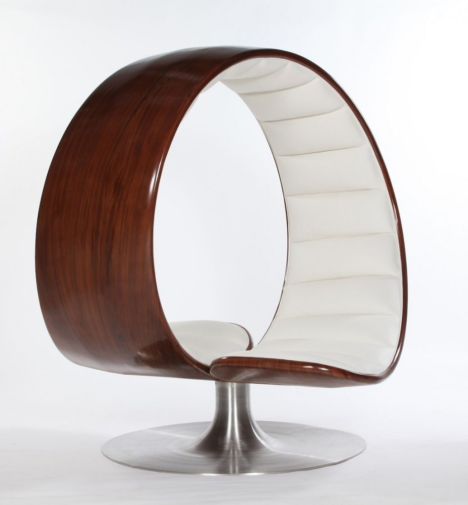 Fauteuils Egg The Hug Chair By Gabriella Asztalos | Shelby White - The