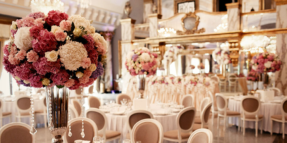 Questions to Ask A Potential Wedding Venue Before Signing a Contract ♥