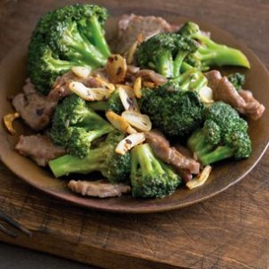Beef, Broccoli and Crisp Garlic Sauté