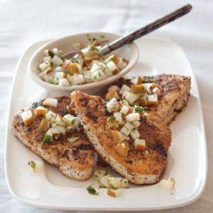 Spice-Crusted Tuna with Fresh Pear Chutney
