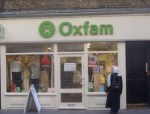 Oxfam_shop_on_Drury_Lane