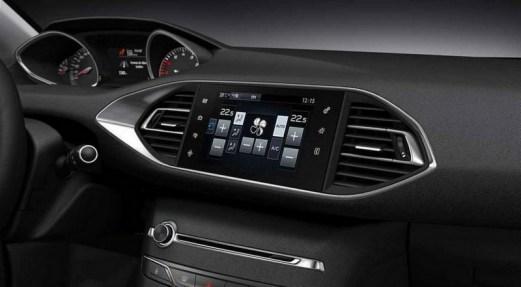 Photo  Nouvelle Peugeot 308 2013 : La compacte de la reconquête ! (galerie)