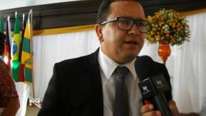 Prefeito Elias Costa (PMDB).