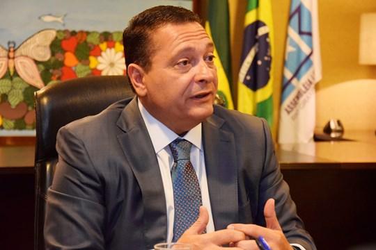 Ezequiel Ferreira, presidente da Assembleia Legislativa