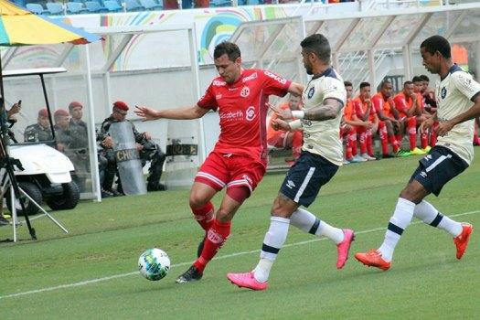 América jogou bem, mas desperdiçou oportunidades e saiu de campo sem a vitória que lhe era necessária.Canindé Pereira/América FC