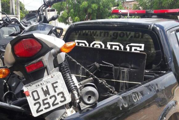 Motos recuperadas pelo Bope na comunidade Beira Rio