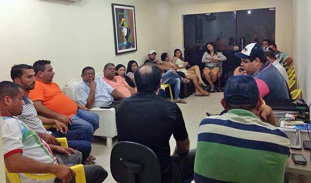 Assis do Hospital reunido com integrantes do PSDB e Solidariedade