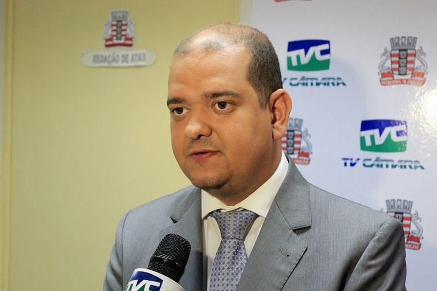 Bruno Farias acredita que Marcos Vinícius pode chegar a 20 apoios nos próximos dias