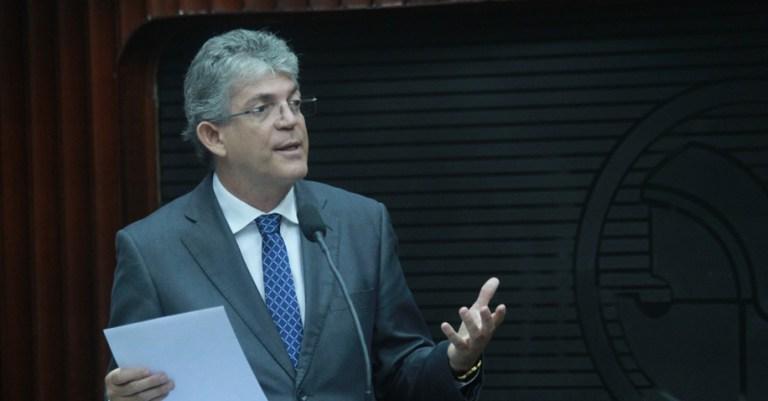 Ricardo protocola audiência com Temer para discutir pendências finaceiras em obras da PB