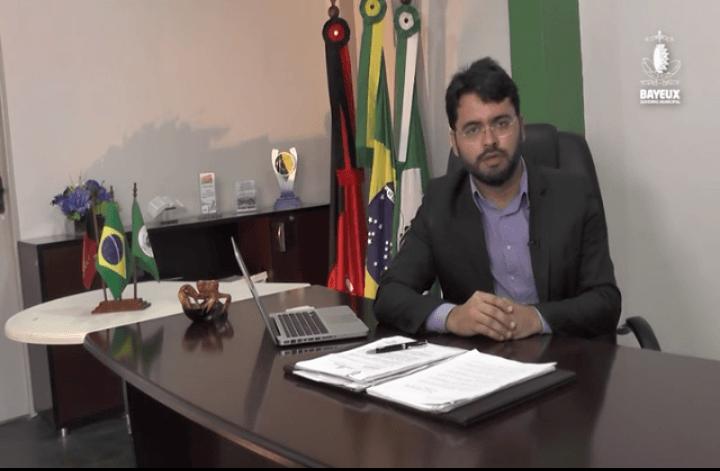 Prefeito Berg Lima antecipa pagamento de fevereiro dos servidores municipais