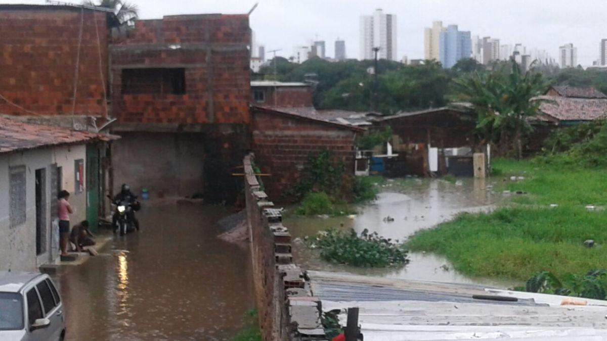 Bruno Farias contesta Helton e aponta alagamentos às margens da Beira-Rio