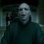 Harry-Potter-and-The-Deathly-Hallows-Cap--00188