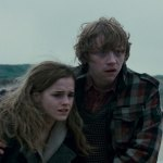 Harry-Potter-and-The-Deathly-Hallows-Cap--00380