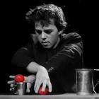 Yann Frisch: o ninja das bolinhas e copos