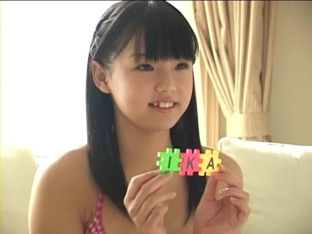 【画像】篠崎愛とかいう完全にブームの去った女のおっぱい一晩中舐め回したいwwwwwの画像その218