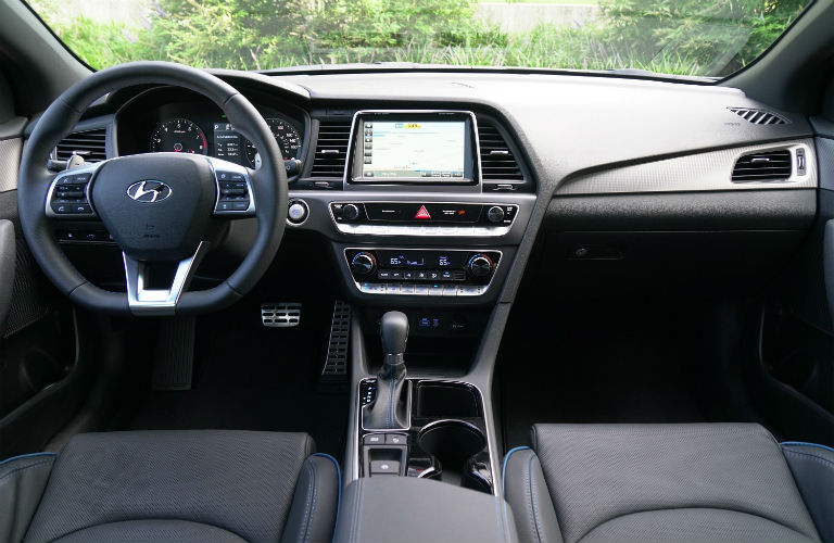 What are the 2019 Hyundai Sonata Interior Features?