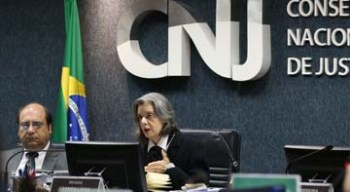 C�rmen L�cia quer reavaliar as regras para concursos de magistrados