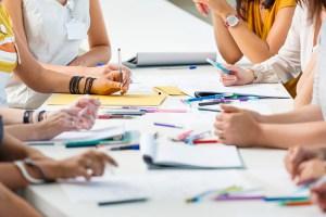 O que propõe o modelo educativo de Aprendizagem Baseado em Projetos?