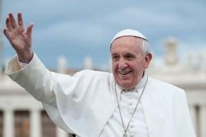 O Papa chama os cientistas para salvar o nosso planeta