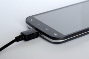 Empresas vivem problemas com baterias de lítio