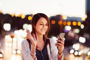 Dispositivo inteligente traduz instantaneamente 80 idiomas